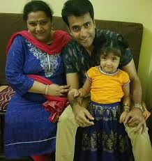 Abir Chatterjee Family Wife Son Daughter Father Mother Age Height Biography Profile Wedding Photos
