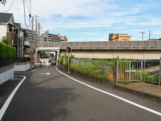 湯殿川 横浜線