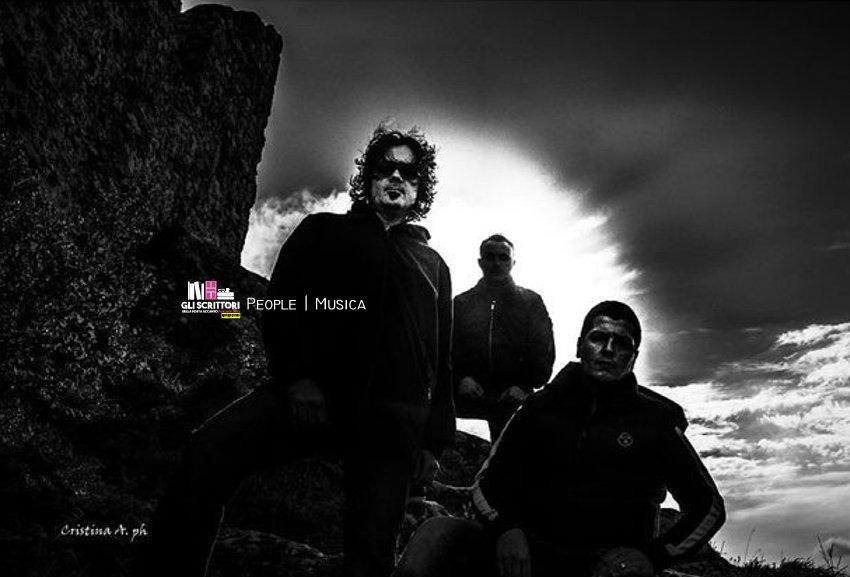 Intervista a Emiliano Guiducci, voce e basso dei Kriya - People, Musica