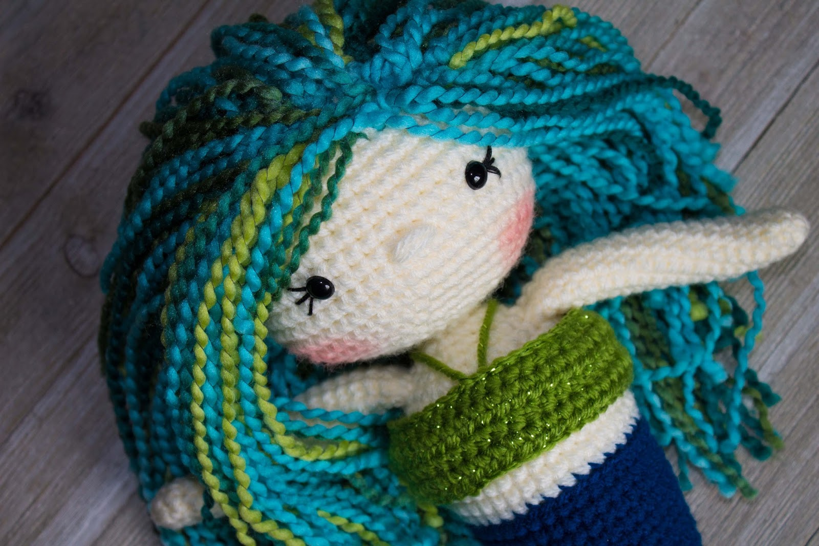 Free Crochet Amigurumi Mermaid Pattern : The friendly mermaid crochet doll thefriendlyredfox