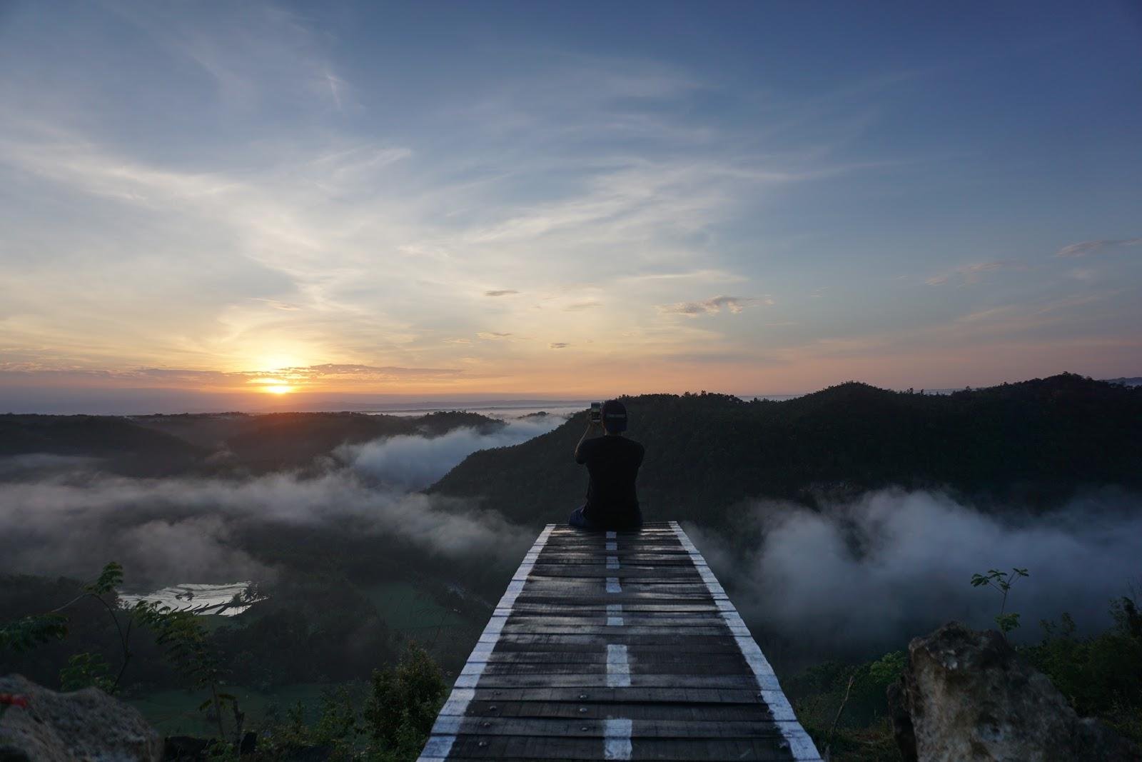 14 Tempat Sempurna Untuk Menangkap Cantiknya Sunrise dan Sunset di Yogyakarta