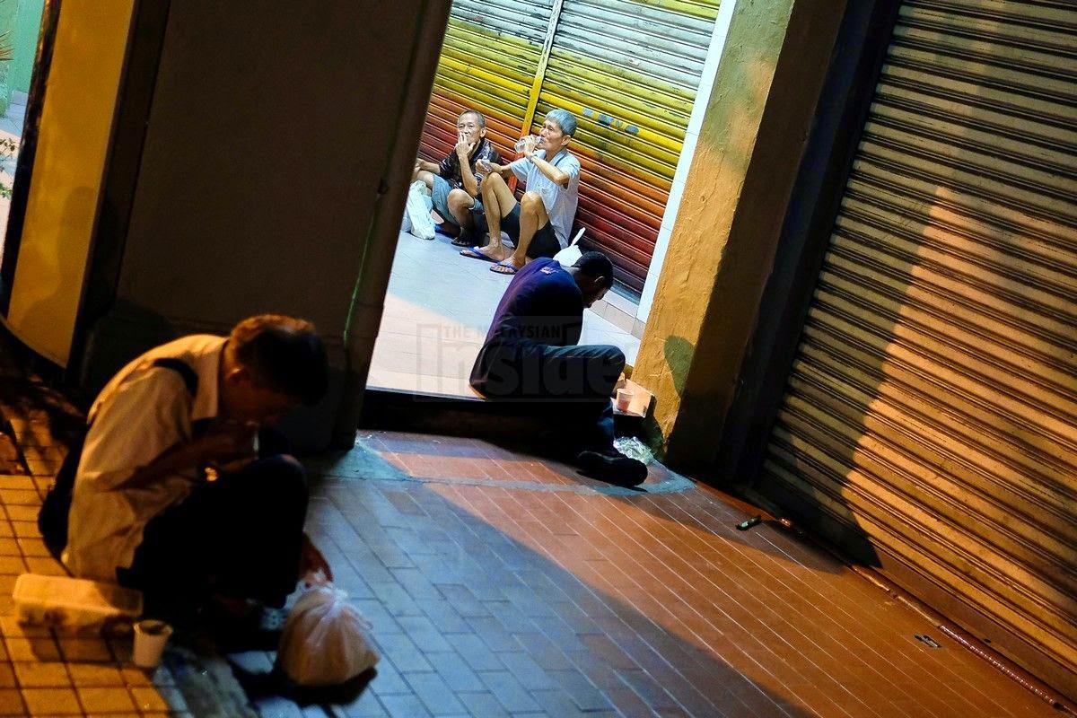 Dapur Jalanan Untuk Homeless Tetap Diteruskan