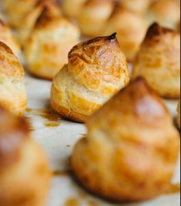 analisis penyebab kegagalan dalam proses pembuatan kue sus atau choux pastry