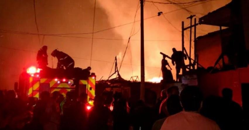 Incendio de grandes proporciones destruye más de 200 viviendas en el Callao