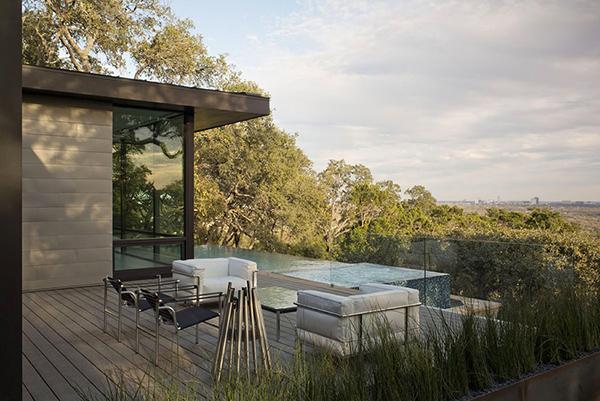 Hogares frescos hermosa casa en texas con vistas for Case con scantinati in texas