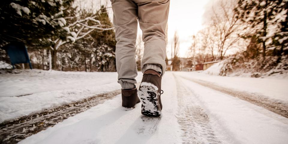 Karda zorlu yürüyüşler kalp krizi riskini tetikliyor