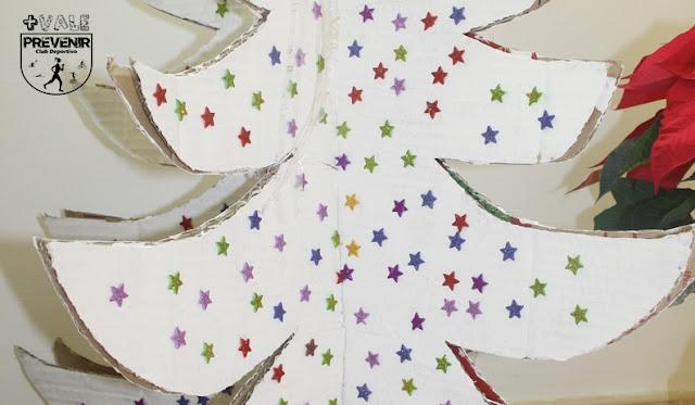 arbol de navidad con estrellas goma eva diy con niños
