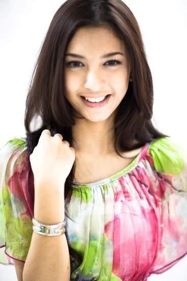 Model Rambut Artis Indonesia Wanita