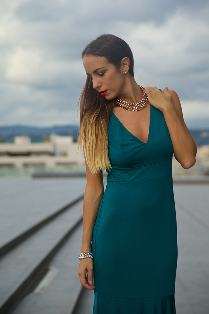 promo code 48ecd 0511f Abito da sera verde smeraldo e accessori oro