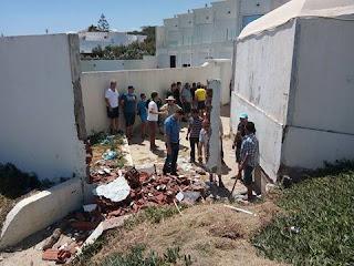 تنفيذ قرار ازالة وتحرير حوزة الطريق العام  بشاطئ  بحر حسان براس الجبل رفراف