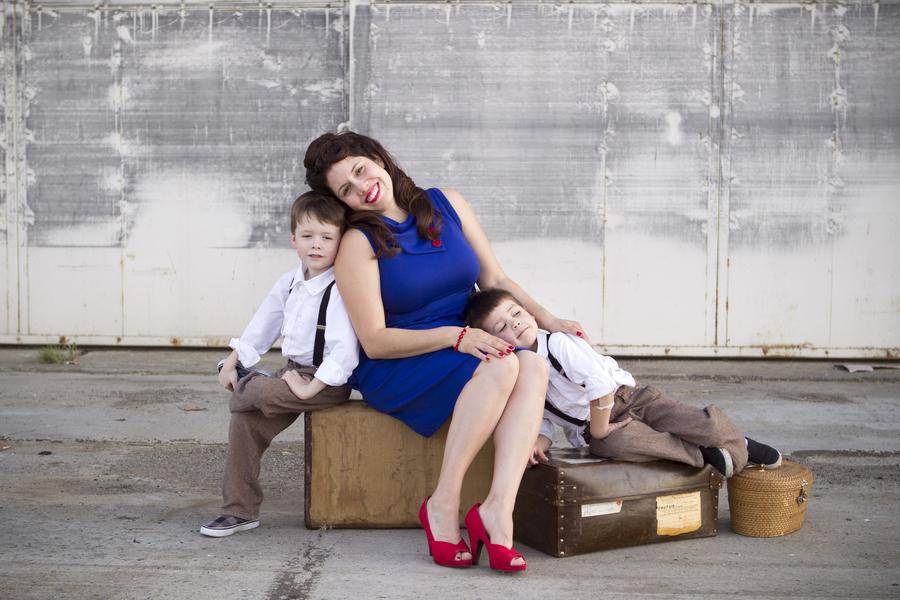 Family portraits maternity engagement photo shoot rockabilly session