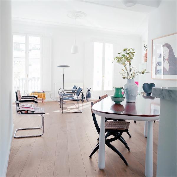 salon urbano decorado con piezas vintage chicanddeco