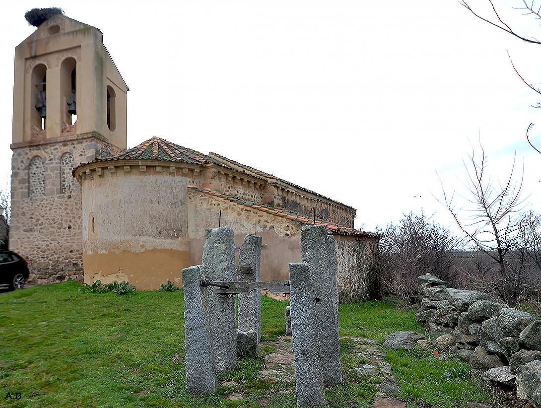 Resultado de imagen de Cabanillas del Monte. Iglesia de San Miguel.