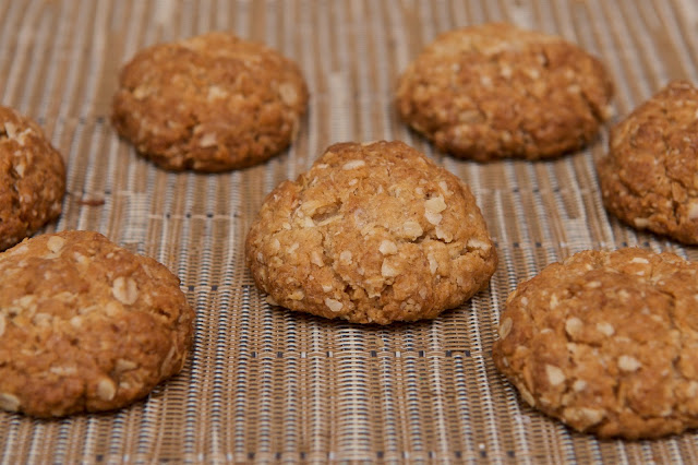 ANZAC biscuits - Dessert - Food - Biscuits - Coconut - Oat - Avoine - Golden Syrup - Australia - New-Zealand - Cooking - Cook - Cuisine