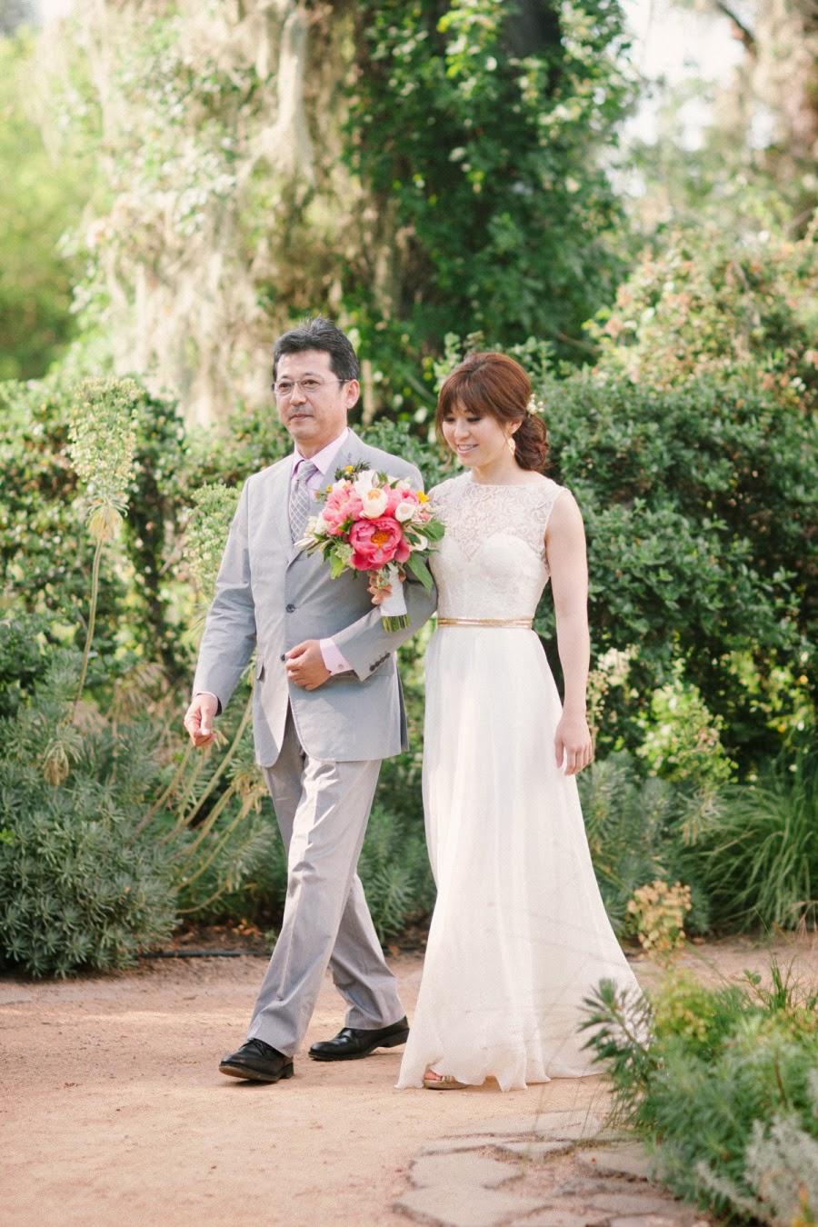 To Be My Chic Bride: Modern Column Chiffon Beach Wedding Dress