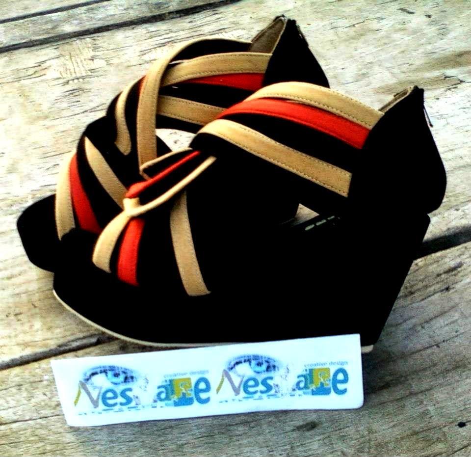 Model Sandal dan Sepatu