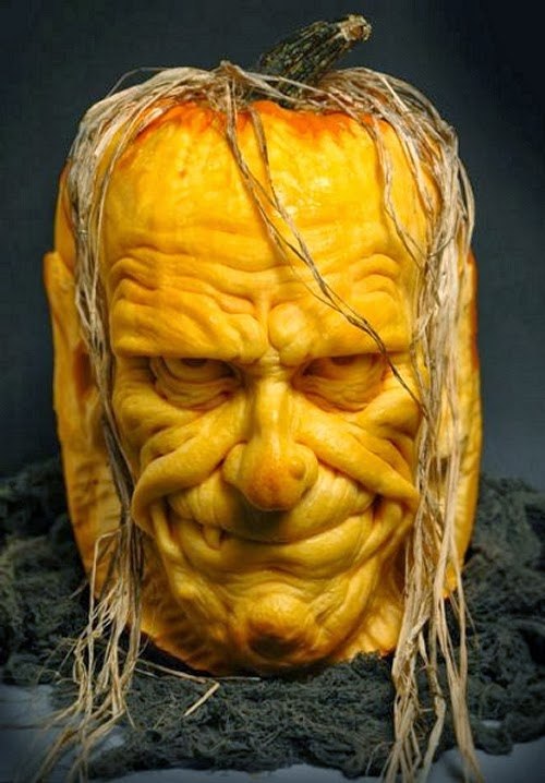 06-Halloween-The-Pumpkins-Villafane-Studios-Ray-Villafane-Sculpting-www-designstack-co