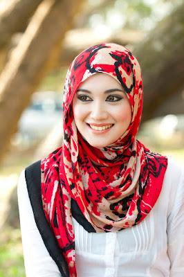 Muslimah Cantik dengan Perawatan Kecantikan Halal Islami