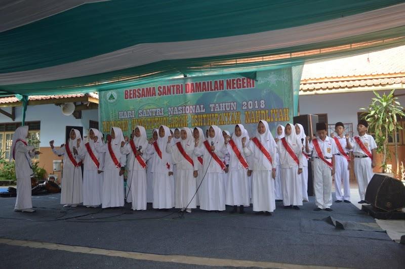 Hari Santri di MTs IN Kota Pekalongan, Bersama Santri Damailah Negeri