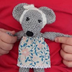 http://www.cousubynath.com/2019/03/rosie-ma-petite-souris-au-crochet.html