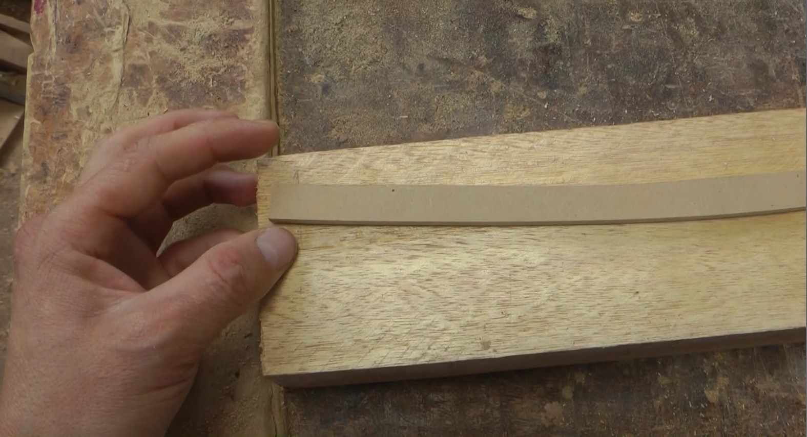 Decoraciones manualidades en madera como hacer una puerta - Hacer puertas de madera ...