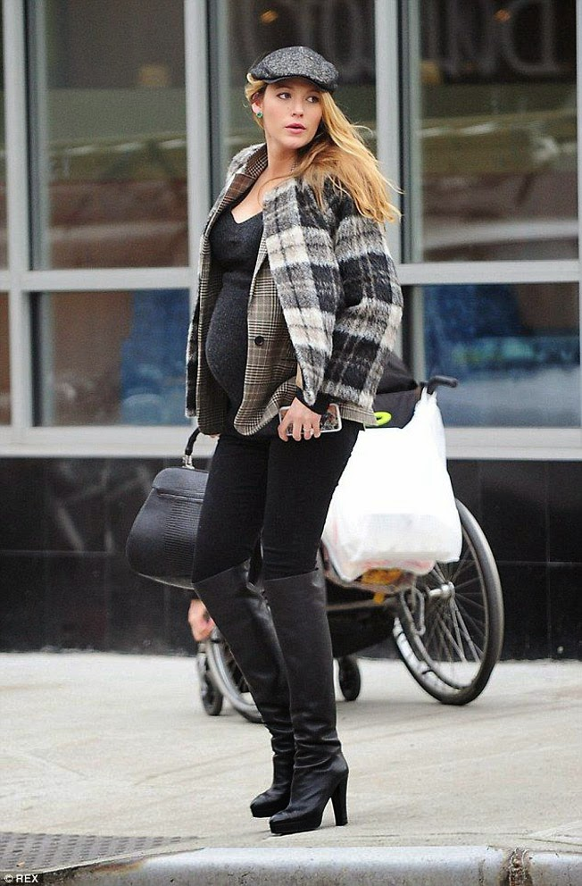 Style Shouts Pregnant Style Blake Lively