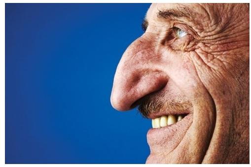 Gambar Mehmet Ozyurek - pemilik hidung termancung di dunia