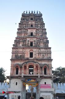 Gudi Sambaralu 2017 Stills  0030.jpg