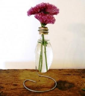 Vas Bunga Cantik dari Lampu Pijar – Modifikasi Dop Bekas