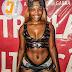 Jéssica Pitbull mexe o show da Tigra no Porto Amboim com seu visual ousado