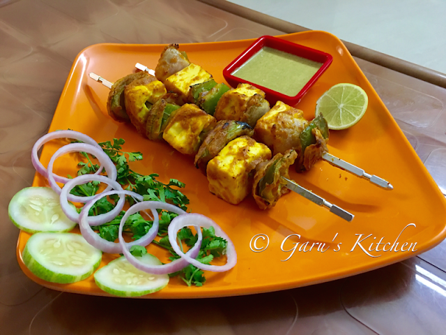 paneer tikka recipe | paneer tikka on grill pan or tawa | how to make restaurant style paneer tikka