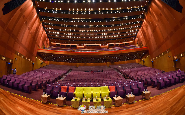 Plenary Hall in KLCC. Yellow seats are for the royals family