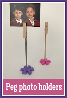 Mini peg photo holders tutorial