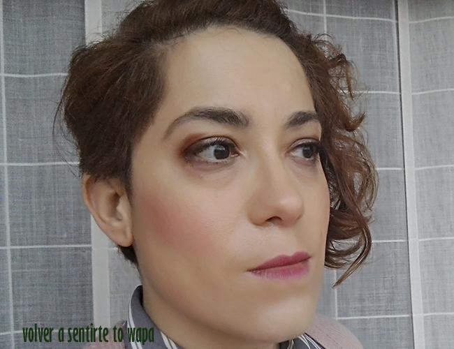 Maquillaje infaillible Stick de L'oreal - cómo se aplica