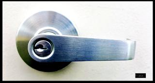 Aluminium Door Handles (Gagang Pintu Aluminium)