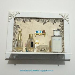 http://deliriosdeconsumismo.blogspot.com.br/2016/02/diy-prateleira-para-perfumes.html