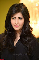 Shruti Haasan Looks Stunning trendy cool in Black relaxed Shirt and Tight Leather Pants ~ .com Exclusive Pics 010.jpg