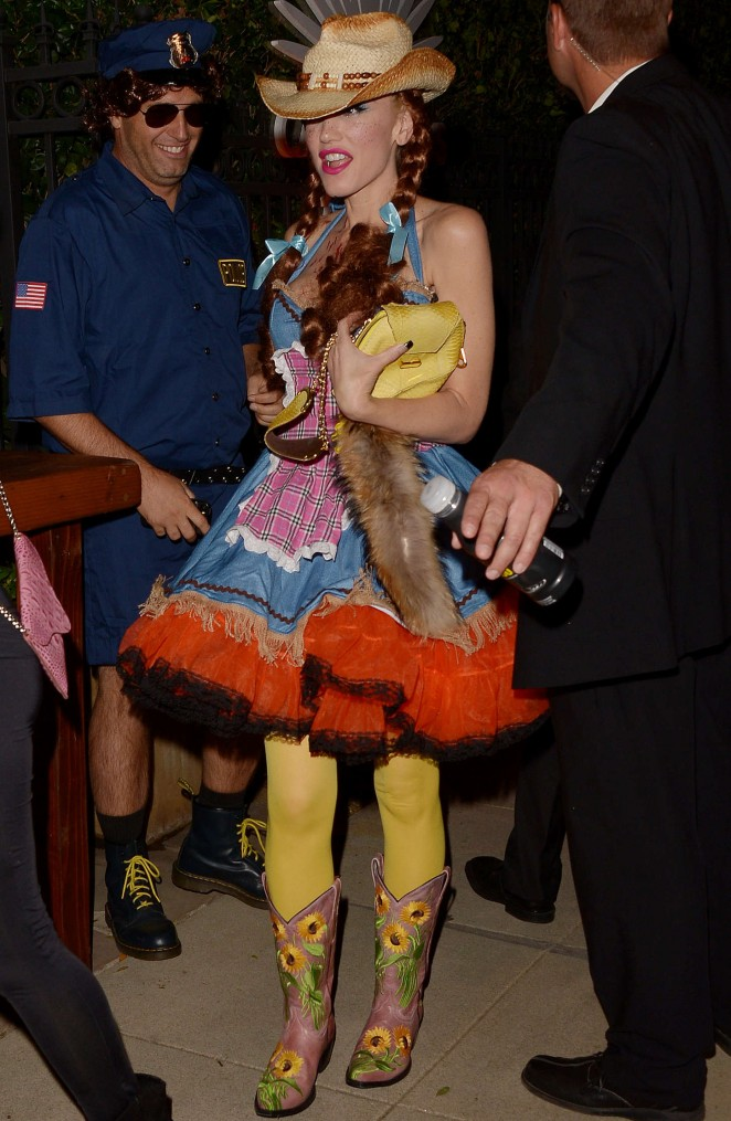 Gwen Stefani – Casa Tequila Halloween Party in Beverly Hills