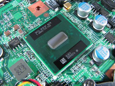 ejemplo de un procesador soldado a la placa