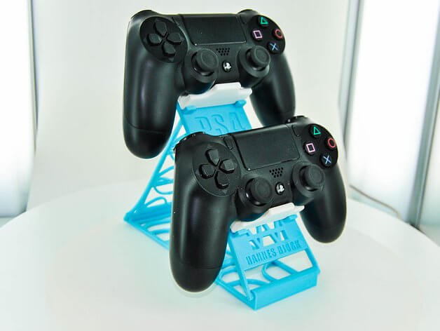 3D Printed stand for PS4 controllers