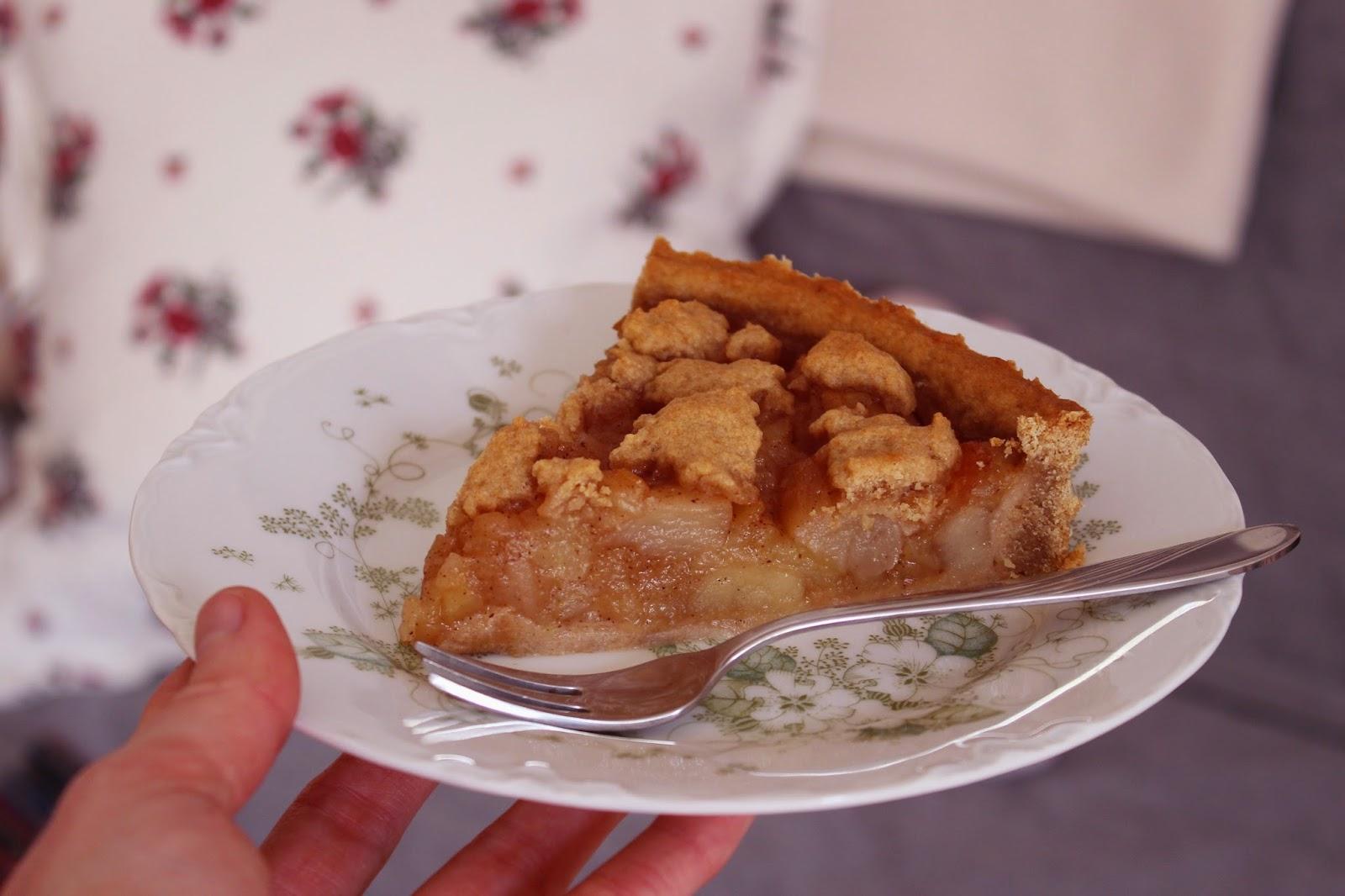 Marylebow Veganer Apfel Streusel Kuchen