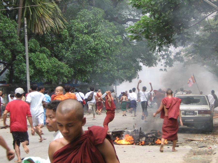 Gambar Pembantaian Wanita Kenali Tokoh Tokoh Syiah Malaysia Mindakini Gambar Hoax Palsu Pembantaian Muslim Rohingya Myanmar Burma Situs