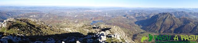 Panorámica desde La Mostayal hacia Oviedo