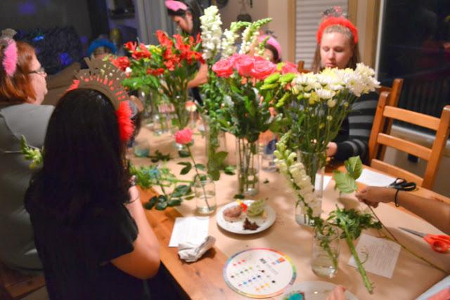 flower arranging party favor