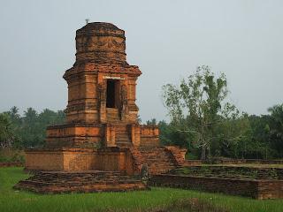 Candi Bahal Peninggalan Kerajaan Sriwijaya