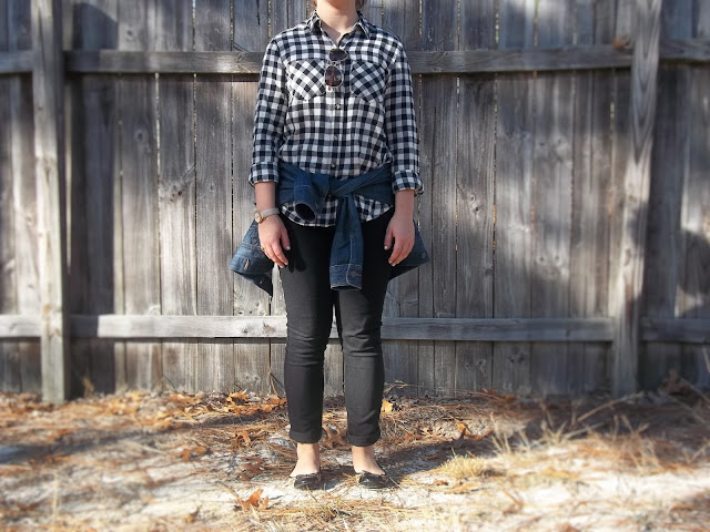 gingham button down style outfit black jeans denim jacket gold jewelry casual pinterest recreation inspiration