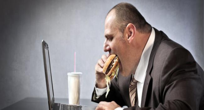 زيادة الوزن بسبب عدم التركيز