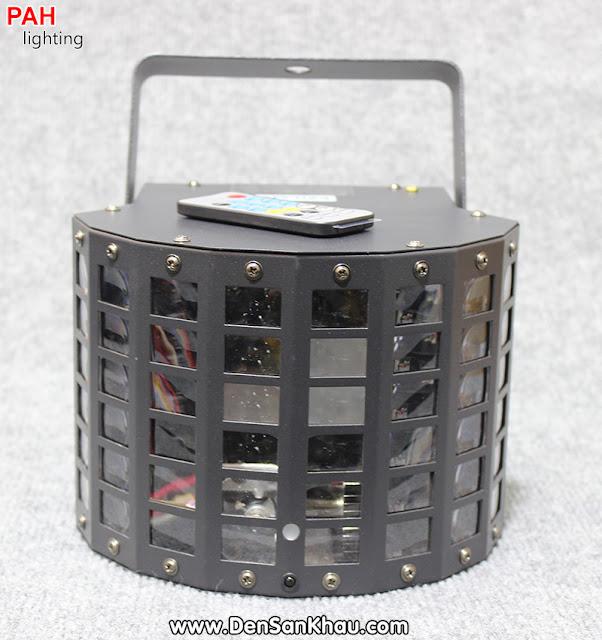 Mặt trước đèn Nabata với 48 ô chữ nhật bằng chất liệu kính được che chắn bởi lớp võ bằng kim loại sơn đen tĩnh điện. Mặt trước đèn Nabata với 48 ô chữ nhật bằng chất liệu kính được che chắn bởi lớp võ bằng kim loại sơn đen tĩnh điện.