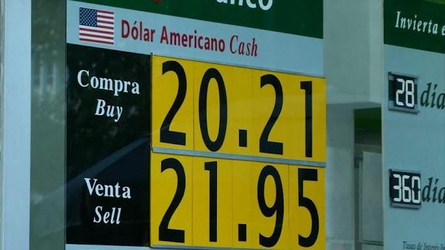 Existen riesgos de nuevas devaluaciones en México