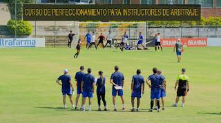 arbitros-futbol-curso-instructores